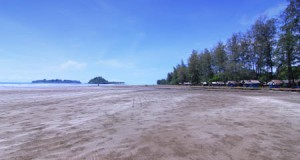 Pantai Air Manis (indonesiakaya.com)