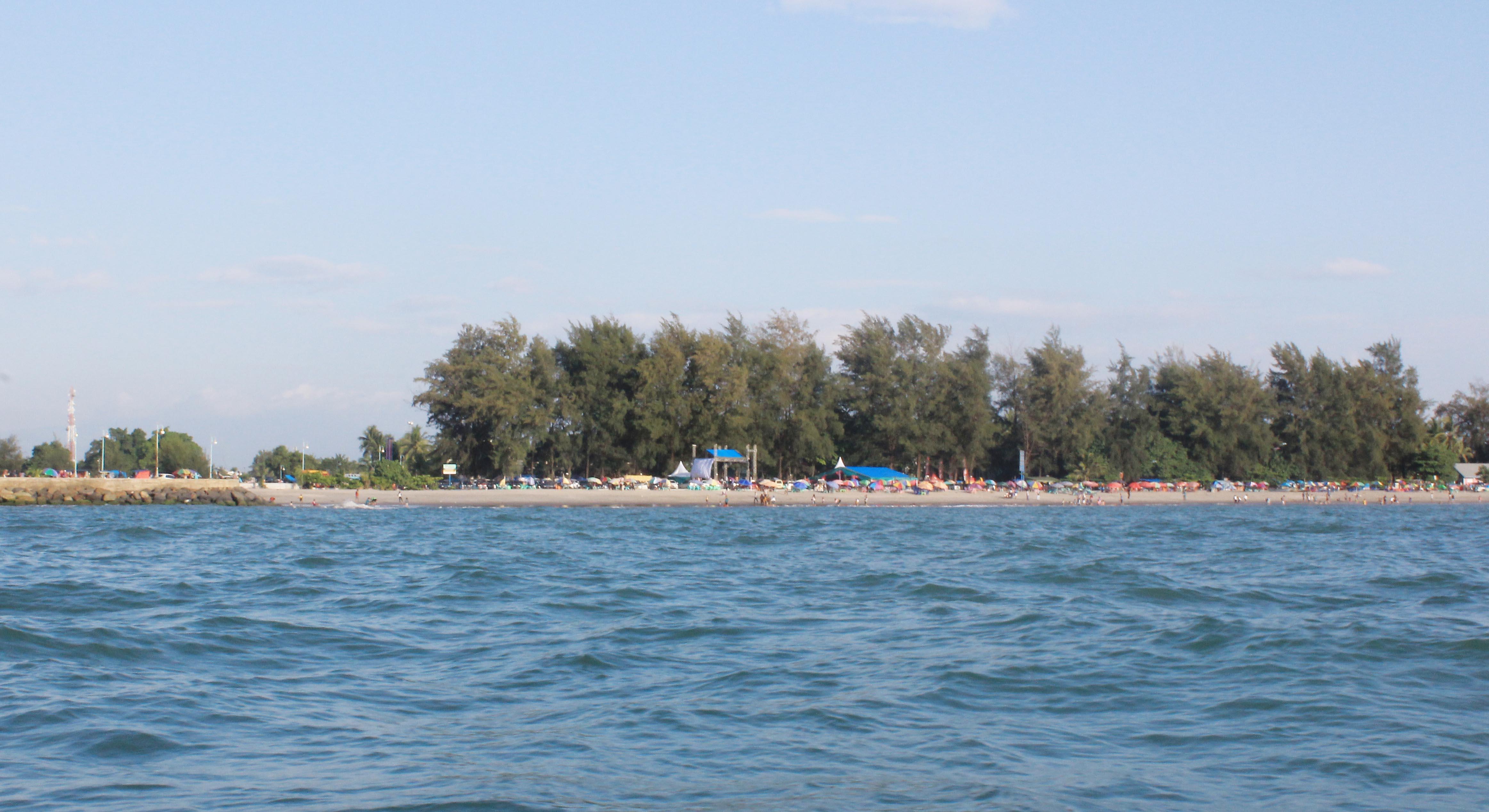 Pantai Gandoriah, Kota Pariaman (aci indrawadi)