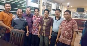 Fahri Hamzah dapat dukungan kades di Sumbawa. (*)