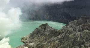 Gunung Ijen adalah tempat yang perlu dikunjungi saat berlibur ke Banyuwangi. (*)