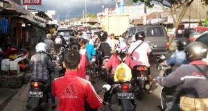 Kondisi sore hari di kawasan Banda Buek, Padang. (rahmat zikri)
