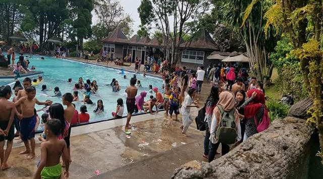 Objek wisata Sari Manggih diramaikan pengunjung. (rusmel)