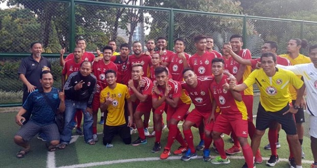 Skuat SPFC usai latihan ringan di Surabaya, Rabu (24/8) (ist)