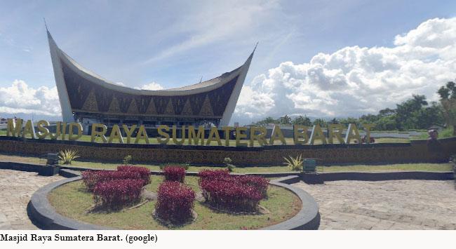 Masjid Raya Sumatera Barat. (*)