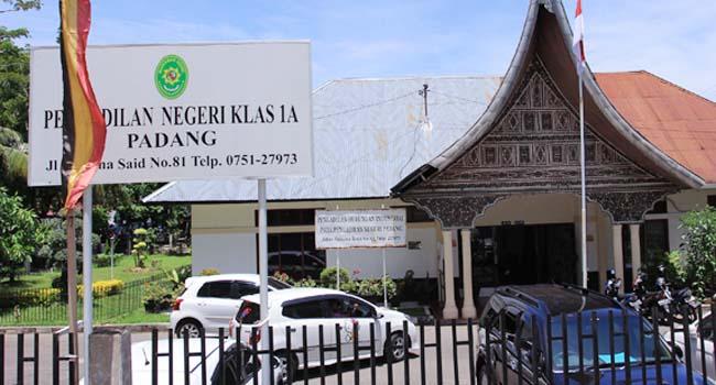 Pengadilan Negeri Padang (rahmat zikri)