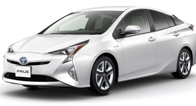 Toyota Prius (carscoops)