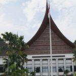 Gedung DPRD Sumbar (net)