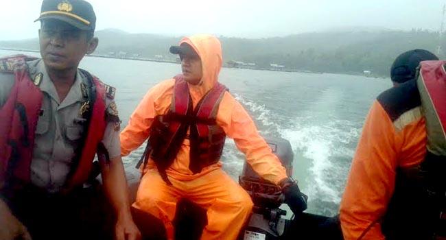 Proses pencarian korban tenggelam di Danau Singkarak (oky)