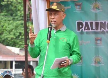 Walikota Padang saat mebuka Festival Palinggam. (humas)