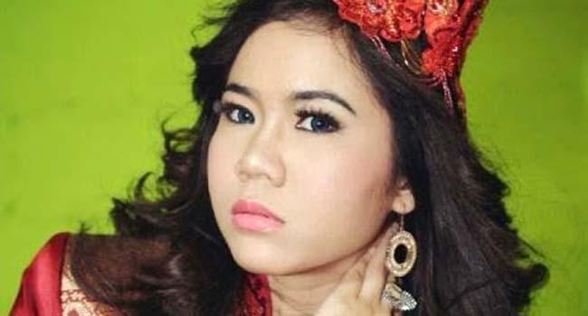 Penyanyi Minang, Rayola (net)