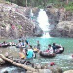 Sarasah Nagari Sitalang salah satu objek wisata pemandian yang sangat berpotensi untuk pengembangan ekonomi nagari dan masyarakat di masa dating. (mursyidi)