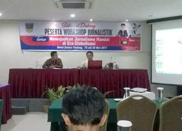 Wartawan Solok Selatan mengikuti pelatihan jurnalistik. (afrizal)