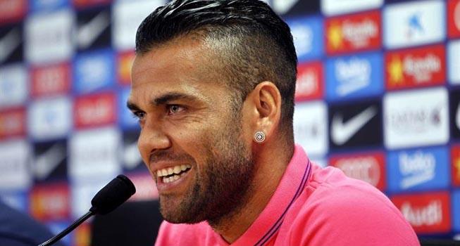 Dani Alves (futaa.com)