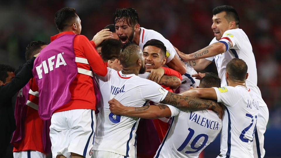 Cile menang 2-0 saat menghadapi Kamerun. (fifa)