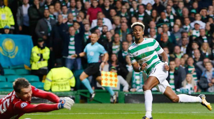 Glasgow Celtic menang 5-0. (*)