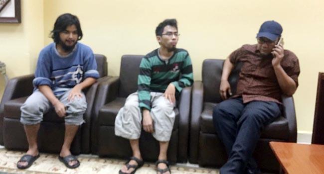 Muhammad Hadi dan Nurul Islami bersama perwakilan KBRI (ist)