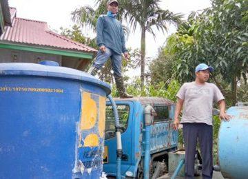 Air bersih untuk korban galodo di Solok Selatan. (afrizal amir)