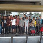 Tim Ponpes Nurul Ilmu diabadikan di BIM sebelum menuju Bandung mengikuti Liga Santri Nusantara, Sabtu (21/10). (ist)